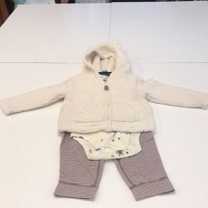 Cute complete outfit. Jacket with pants and onesie